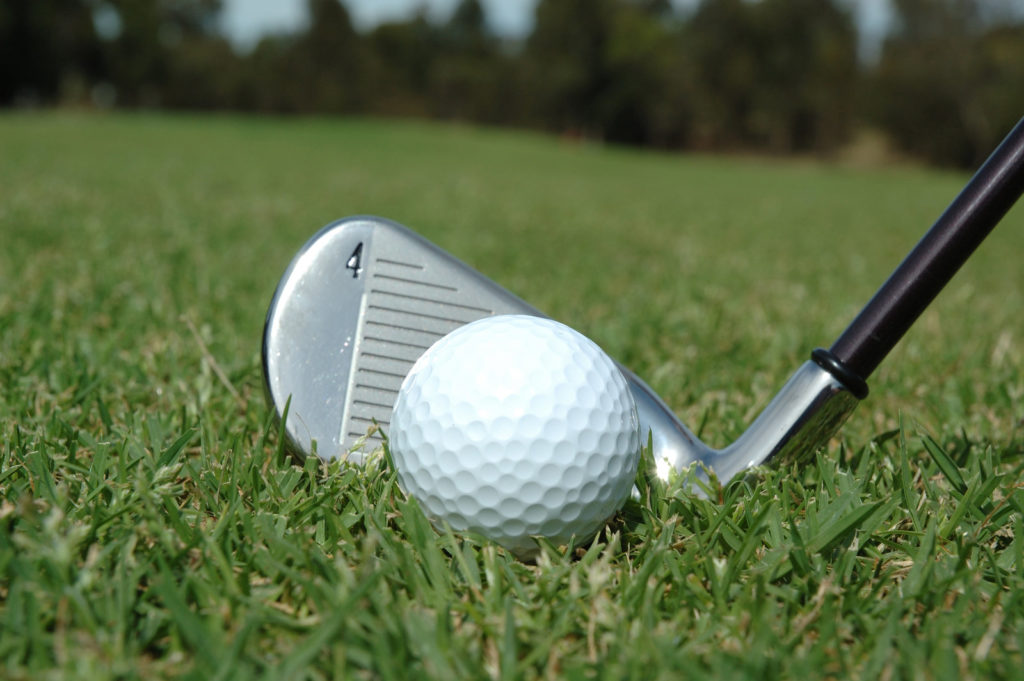 What Golf Club to Use When in The Rough?